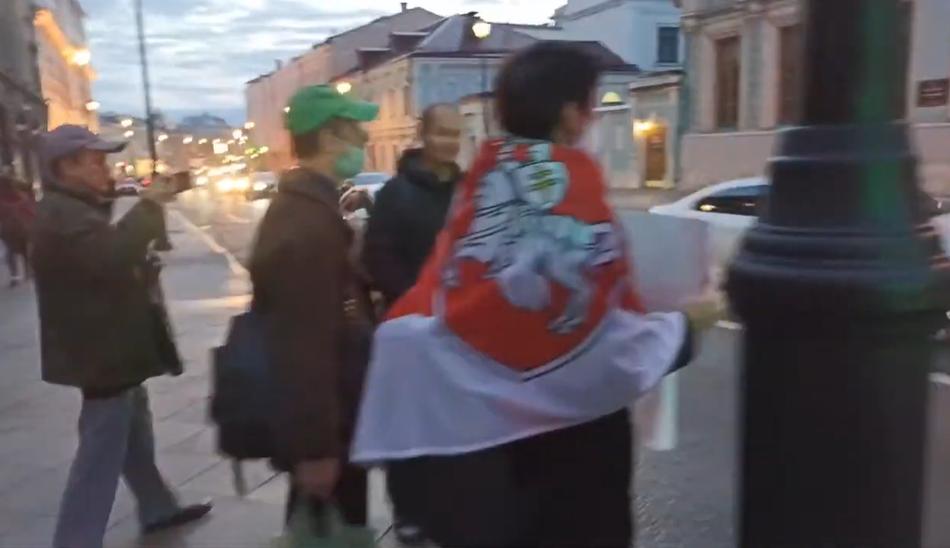 Протестуны у Посольства Белоруссии