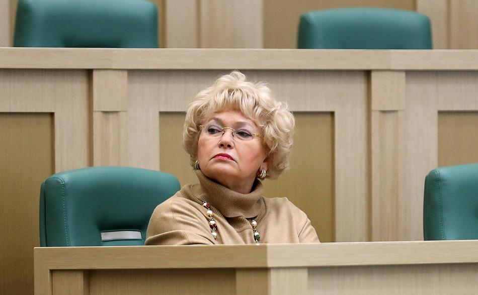 Нарусова не замечает, Мизулина не слышит. Совет Федерации